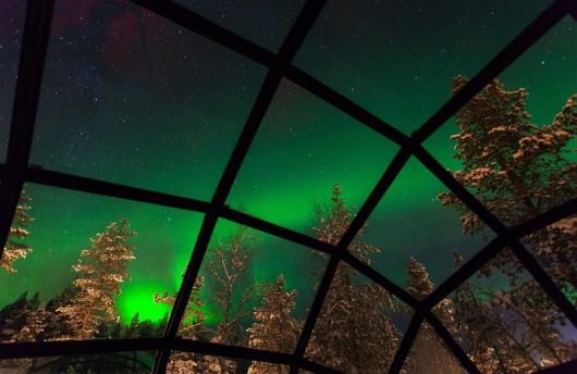 northern lights igloo