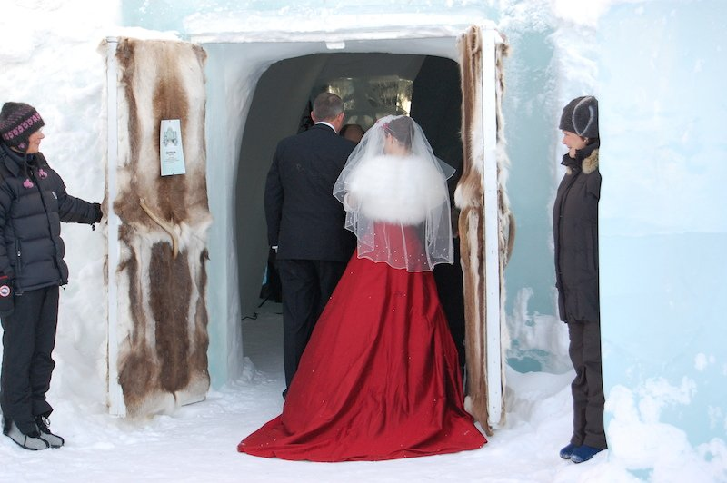 Marry In The Original Swedish Ice Hotel Perfect For Your
